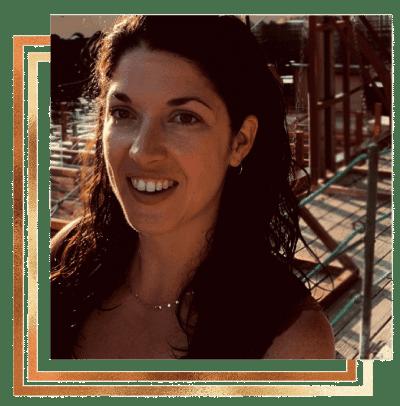 Portrait d'Aude MDB - Praticeinne en hypnose à Meyzieu (69)